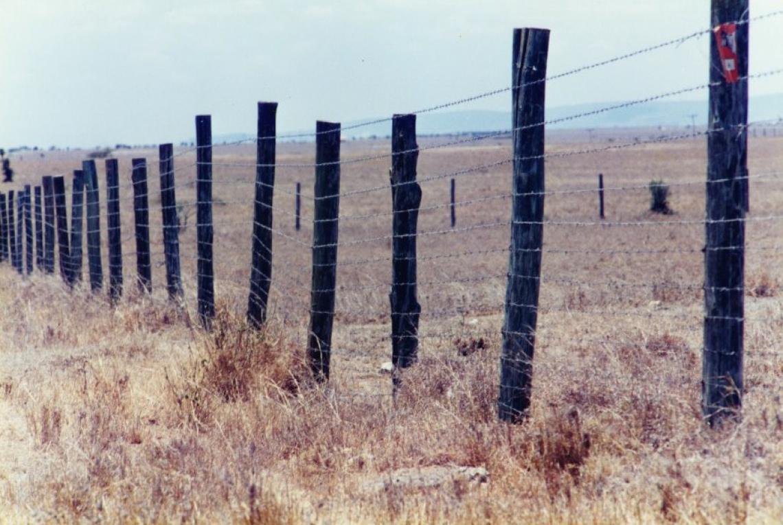 Fencing rangelands